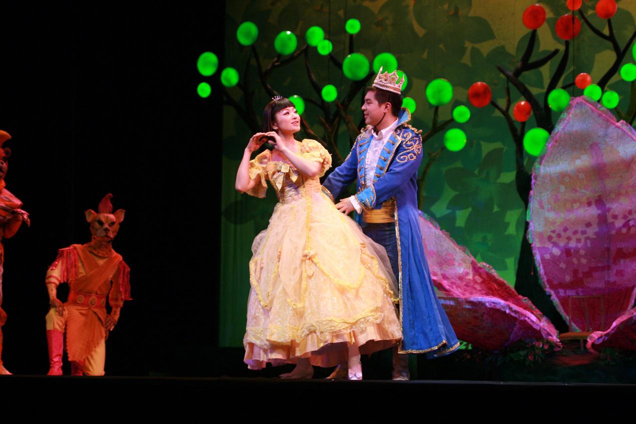 《麻雀与小孩》儿童童话剧舞台剧六一元旦节日必备